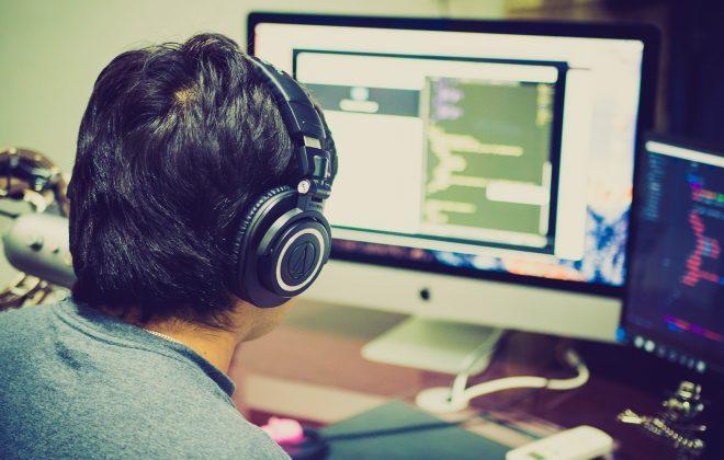 programming-2115930_1920